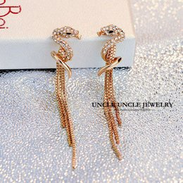 Rose Gold Color Rhinestones Inlaid Classic Femme Fatale Design Long Styling Tassel Lady Earrings