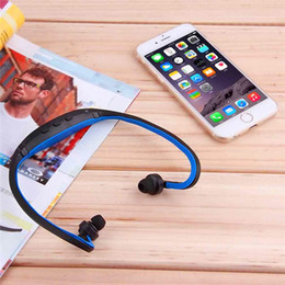 Hot! Sports Gym Running headset Wireless MP3 player with TF Memory card Slot Wrap Around Headphones players earphones FM Radio Free shipping