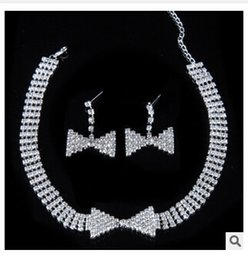 2017 cristales checo pulseras La nueva joyería cristalina de la boda del Rhinestone checo 2015 del círculo clásico fija la pulsera determinada TOP0600 de los pendientes del collar de la joyería africana cristales checo pulseras en venta