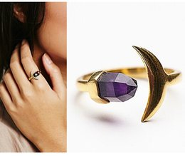 Wholesale Luxury Brand European Long Chain Purple Crystal Powder Moon Shape Natural Stone Ring Jewelry For Women