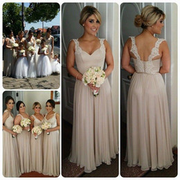 Stunning A-Line Chiffon Bridesmaid Dresses Long Floor Spaghetti Straps Lace Trim Champagne Bridesmaids Formal Dress Plus Size Custom