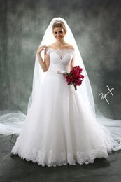 2016 Summer Sexy Off-Shoulder Neck Appliques Lace A Line Wedding Dresse With Short Sleeves Court Train With Veils Long