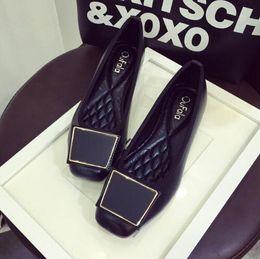 women Soft leather famous woman Shoes Woman Brand Flats Shoes Women New Womens Flats 2017 Sapatilhas Flat Shoe Spring Autumn