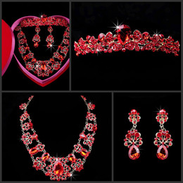 New Arrival Good DesignThree Piece Bridal Accessories Crown Earrings Necklace New Style Red Crystals Free Shipping Crystal Cheap
