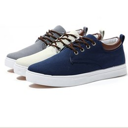 Wholesale Stylish Casual Shoes Rount Toe Breathable Cheap Shoes for Men Canvas Fashion Style Best Flat Shoes for Sale Three Colors
