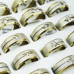 Trefilado de acero en Línea-Las nuevas 20 PC venden al por mayor la forma libre de la mezcla del envío de los anillos de dibujo del alambre del acero inoxidable de la porción de la joyería
