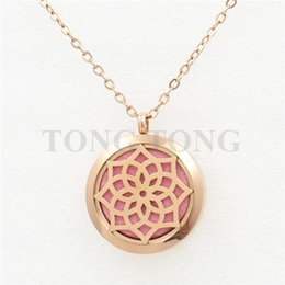 Wholesale 30mm magnetic stainless steel essential oil diffusing rose gold perfume locket floating locket free felt pads locket only