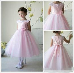 2015 New Tulle Flower Girl Dresses Charming Crew Short Sleeve Ball Gown Flowergirl Dresses Wedding Appliques Handmade Flower Bow Girl Dress