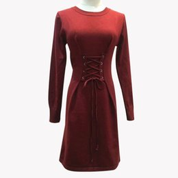 2017 autumn and winter European and American women's wear round collar band with a long sleeved dress