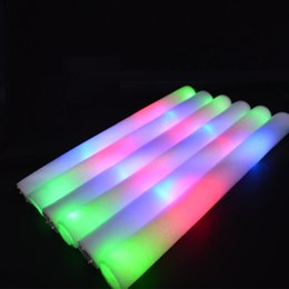 Canada 16 pouces Clignotant LED Mousse Sticks Tube Light Up Wand Rave Party Concert Soft Batons Offre