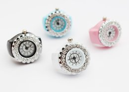 Cheap new fashion ring table fashion female table top upscale dial watches diamond watches wholesale ring
