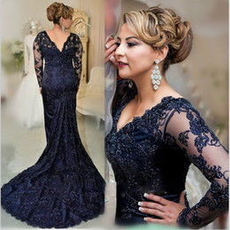 New 2017 Navy Mermaid Mother's Dresses Plus Size Lace Mother Of the Bride Dresses Long Sleeves Formal Evening Gown with Beaded