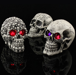 Halloween Decoration novelty amazing toys funny spoof tricky props resin Skull Christmas Party supplies home decor