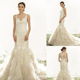 Wholesale Best selling lace Wedding gowns Spathetti Sleeveless Appliques tired Button Sweep strain Bridal gowns custom made