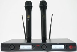Wholesale New Wireless microphone Professional double handheld karaoke stage production wireless microphone system