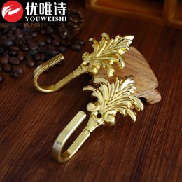 Wholesale Maple European classical curtain wall hooks hook zinc alloy antique curtain wall hook hook strap modern minimalist