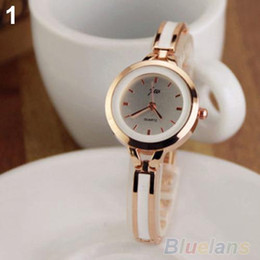 Wholesale Electronic watches Ladies Wrist Watch Women fashion New Elegant Princess Ladies Quartz Analog Bracelet Wrist Watch 096N