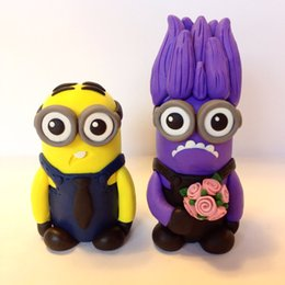 Wholesale Cute Dispicable Me Minions Wedding Cake Topper Birthday Party Cake Toppers Custom cm Mini Mrs Mrs Cake Topper Figurine Sculpture