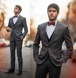 Design Fashion Bow Tie Slim Fit Handsome Mens Suits For Wedding Formal Groom Tuxedo Exquisite Bridegroom Suit (Jacket+Pants+Tie+Vest)