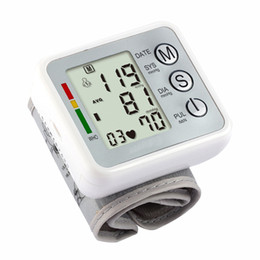 Wholesale Electronic Medical Blood Pressure Monitors Pulse IHB Test Sphygmomanometer Wrist Style LCD Display Digital Live Voice Best Price Top Quality