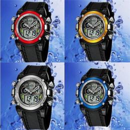 2017 mens multi fonction Mens Sport Montres Cool noir silicone multi-fonction Montre numérique pour les hommes Outdoor Waterproof Wristwatch Top Marque OHSEN mens multi fonction sortie
