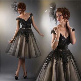 Fashion Sexy A-line Black Tulle V Neck Lace Applique New Plus Size Knee Length Cocktail Dresses 2016 Party Prom Dresses