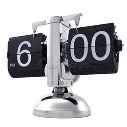 Wholesale Black White Metal Retro Flip Clock Balance Auto Digital Desk Table Gear Operated Time Adjustment12 hours AM PM Clock