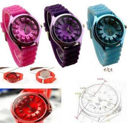 New Fashion Colorful Man Woman's Quartz Watch Sunflower Design Wrist Watch Lady Jelly Silicone Watchband Unisex Wristwatch Christmas Gifts