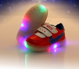 Wholesale 2015 LBXX Kids sneakers child Lighted luminous shoes for boys girls baby running Soft bottom shoes zapatos ruedas tenis con ruedas TX036