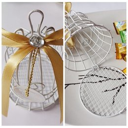 Wholesale Amazing Iron Wire Candy Boxes White Favor Holders Baby Shower Wedding Suppliers Chocolate Package Metal Sweeties Box Birdcage Crystal