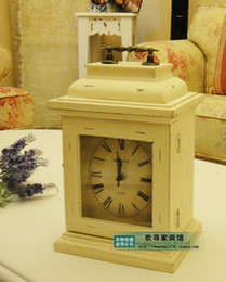 Moda retro del acabamiento de la tecnología de reloj relojes antiguos de madera caja de reloj de época clave nostálgica decoración desde cajas de madera relojes proveedores
