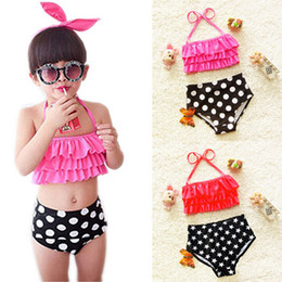 Fashion children swimsuit Baby Girls Bikini Bathing Suit Polka Dots Lovely Halter Ruffled Swimsuit+ Briefs 2pcs kids beach swimsuit A7275