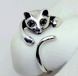 Wholesale S fashion Cute Silver Cat Shaped Ring With Rhinestone Eyes Adjustable and Resizeable high quality