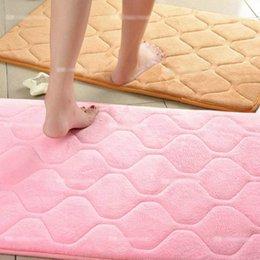 Wholesale Hot Sale Colors Dimension Coral Fleece Soft Carpet Skid Resistance Water Absorption Area Rug Door Floor Mat