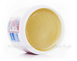 Hot Sale beauté produit populaire égyptienne crème magique pour blanchir concealer peau produit de soins corps 150pcs en gros à partir de crème de blanchiment populaire fabricateur