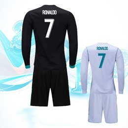 Free shipping, long sleeved 17 18 Ronaldo football suit, shirt suit, Machinable name and number.