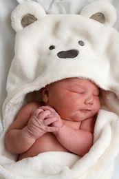 5pcs lot Baby Coral Velvet Blankets Newborn Blankets soft Baby swaddling Winter Super Soft Bear Cartoon Hooded Warm Sleeping Bag
