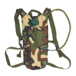 Wholesale 2 L TPU Outdoor Camping Hiking Hydration System Bladder Water Bag Pouch Backpack Woodland for Travel H8594