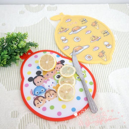Wholesale TSUM gudetama yolk Jun boards plastic cutting board cut fruit chopping board chopping boards dishes plate