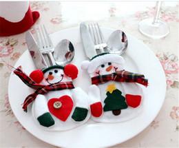 200pcshot sale Christmas snowman Suit tableware Christmas Silverware tableware Holder Pockets Jacket for Christmas gift D392