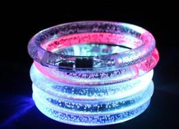 Acheter en ligne Discothèque clignotant conduit-Lumière LED bracelet clignotant Bracelet brillant Bracelet en cristal clignotant Party Disco Cadeau de Noël DHL / FEDEX livraison gratuite