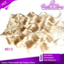 Extensión del pelo humano clip de la cabeza llena en Línea-Clip en / en las extensiones del pelo humano 120g / set 18inch # 613 clip de la onda del cuerpo en extensión del pelo Multiplicar los colores 2-3 la cabeza completa del sistema se puede teñir oscuro