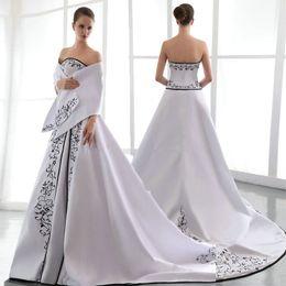 Wholesale High Fashion Vestidos De Festa Longo Para Casamento Dress For Party Over White And Black Wedding dress With Embroidery Sexy