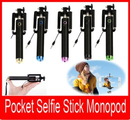 Portable Selfie Stick Monopod PocketFoldable Extendable Handheld Monopod Wired Remote Selfie Stick Monopod for Mobile Phone
