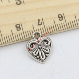 30pcs Tibetan Silver Plated Zinc Alloy Tiny Flower Heart Charms Pendants for Jewelry Making DIY Handmade Craft 15x13mm Jewelry making DIY