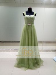 Wholesale Nouvelle Dentelle Arrivée Robes de mariée fraîche verte Sweatheart Encolure tulle avec des robes Sash cristal pour les filles formelles