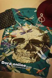 Wholesale pañuelos de gasa de punk cráneo libélula pañuelo de seda color turquesa de Europa y América del dora del ventilador retención de garantía