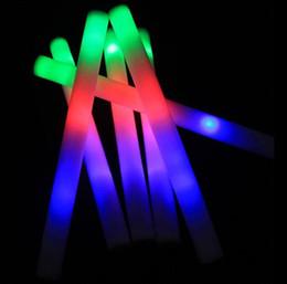 Conduit mousse bâton clignotant en Ligne-meilleure vente de nouveaux bâtons de mousse Glow sticks4 * 47cm mousse LED colle Bâtons accessoires Party éponge bâton éclair bâton applaudir -50pcs