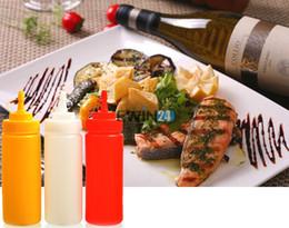 Wholesale 3pcs Kitchen Squeeze Bottle Condiment Dispenser Set For Ketchup Mustard Sauce Kitchen Bottle Spice Jar Colors oz