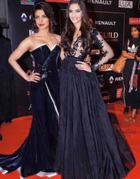 Sonam Kapoor Navy Blue Lace Applique Long Sleeve Formal Evening Dresses Elie Saab Red Carpet Celebrity Dress Sexy Party Gowns V-Neck Vestido